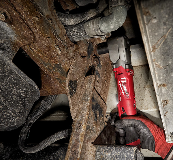 Milwaukee M12 Fuel Cordless Right Angle Impact Wrench Used in Cramped Space