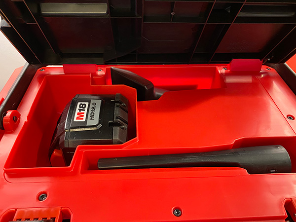 Milwaukee Packout Vacuum 0970-20 Storage Compartment