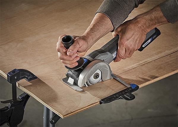 Dremel 20V Max Cordless Ultra-Saw Cutting Wood