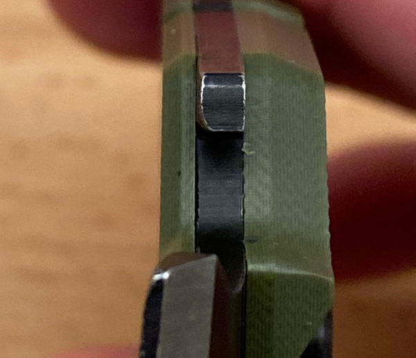 Gerber Prybrid Utility Knife Bottle Opener Closeup