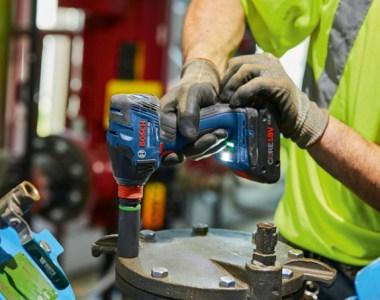 Bosch GDX18V-1860 18V Freak Impact Tool in Action