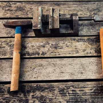 Preparado para el agosto? Realiza tu compra de herramientas con un 20% de descuento durante toda esta semana. #herramientas #profesionales #taller #carpinteria #nautica #automocion #dewalt #kraftwerk