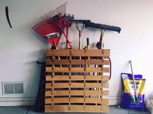 Utilize a Wood Pallet