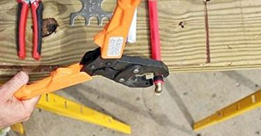 How to Use a Pex Crimp Tool