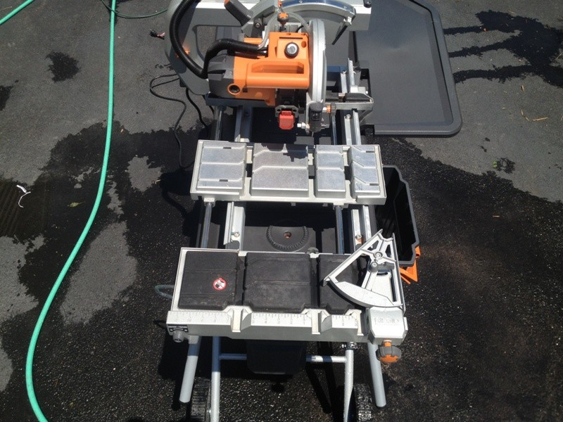 ridgid tile saw 06 tools in action