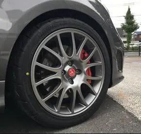 アバルト595コンペ、このタイヤが超高い