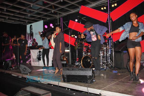 8 - Adekunle Gold's Mum, Darey, Falz & More Attend Simi's #SIMISOLAtheALBUM Launch