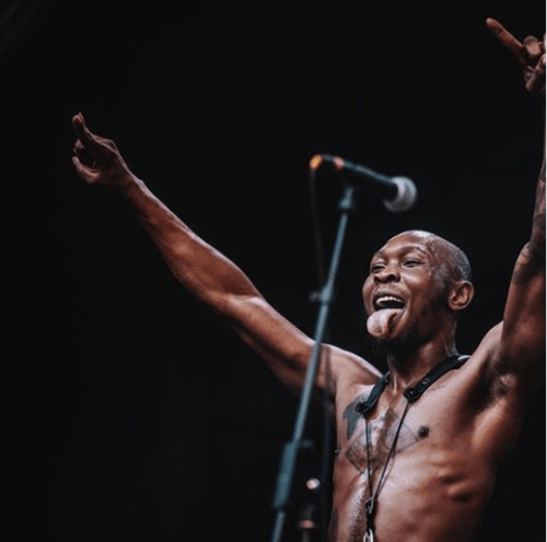 Seun Kuti Rebukes Pres Buhari For Failing To Assist Nigerians Rendered Jobless Due To Coronavirus Outbreak « tooXclusive