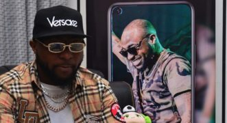 Infinix, Davido Good Times At 2019 12 12 Xfans get together. « tooXclusive