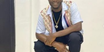 Davido's Crew Member, Obama DMW Accused Of Sleeping With A Lady Without Paying « tooXclusive