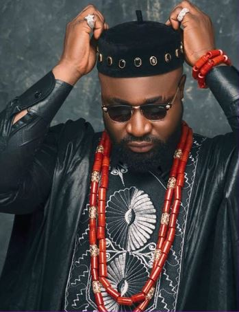 Harrysong Reacts After Fan Accused Him Of Defending Hushpuppi Over Internet Fraud « tooXclusive