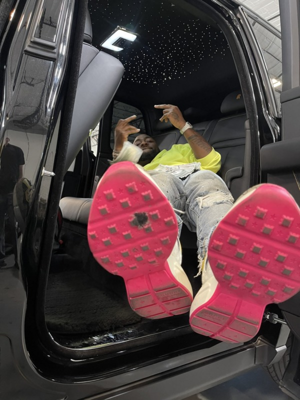 Twitter User Advices Davido To A Buy New Shoes After Spotting His Spoilt Sneaker 2