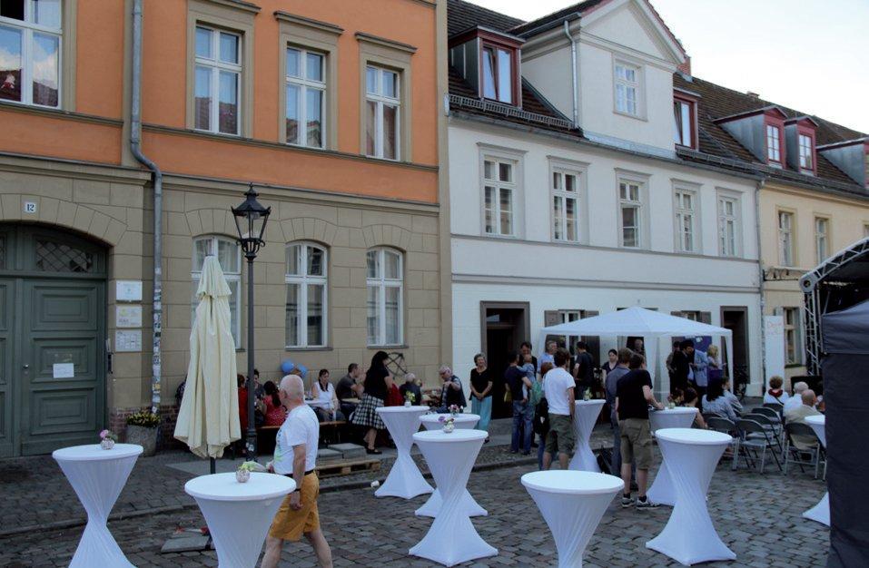Straßenfest in der Hermann-Elflein-Straße