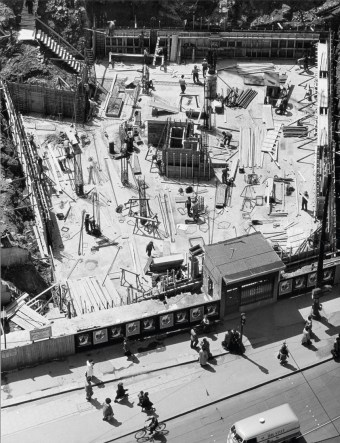 Peter Keetman: Baustelle Marienplatz Muenchen 1954 - Foto: Stiftung F. C. Gundlach
