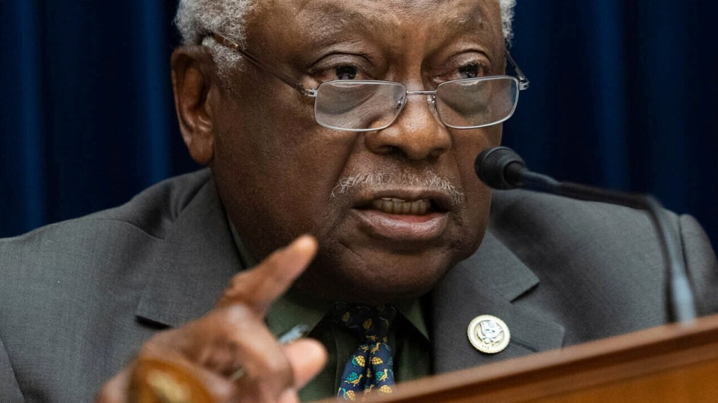 Rep. Clyburn says Democrats' use of 'defund the police' is 'cutting the throats of the party'
