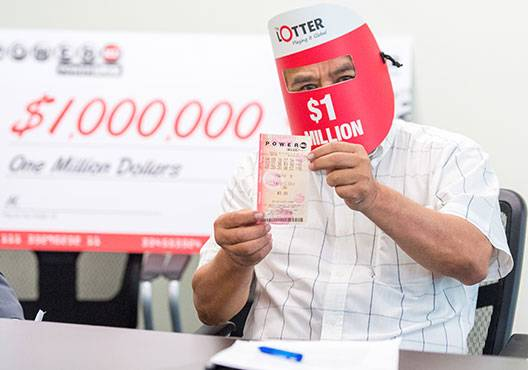 El Salvador Winner of a $1,000,000 with The Lotter