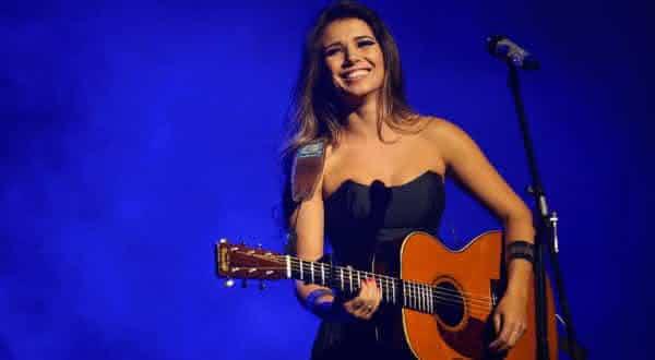 paula fernandes umas das cantoras mais bem pagas do brasil