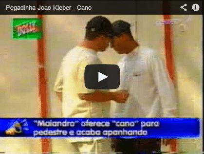 Pegadinha: Malandro oferece um 'cano'.