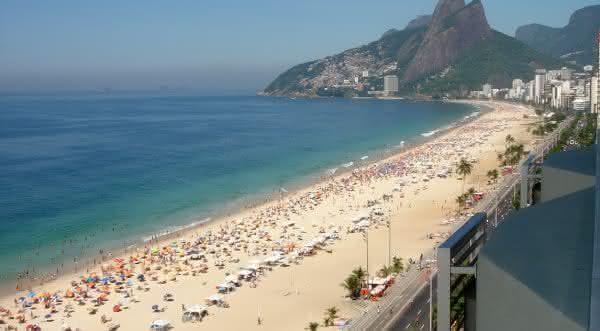 praia ipanema um das praias mais bonitas do Brasil