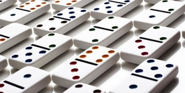 e proibido jogar domino em publico