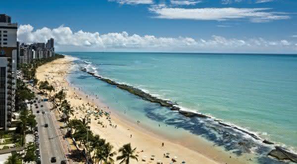 praia boa viagem entre as mais famosas do brasil