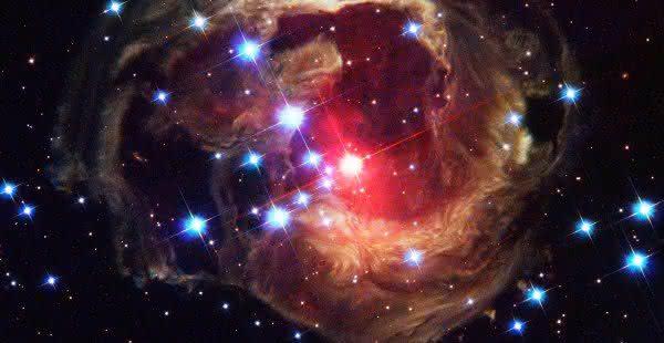 Top 10 maiores estrelas do universo