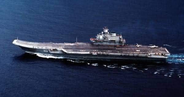 Admiral Kuznetsov entre os maiores navios do mundo