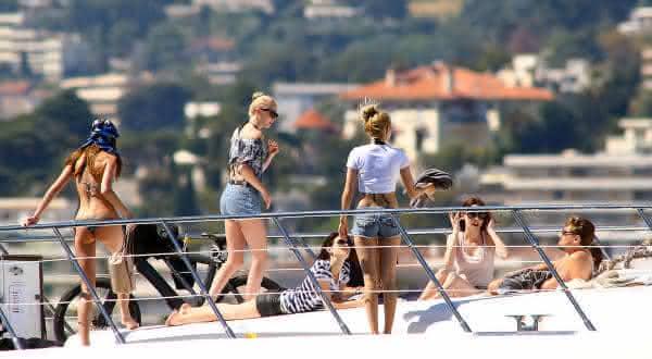acompanhantes do festival de Cannes