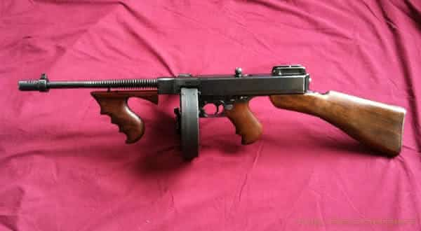 Thompson M1921 Submachine Gun armas