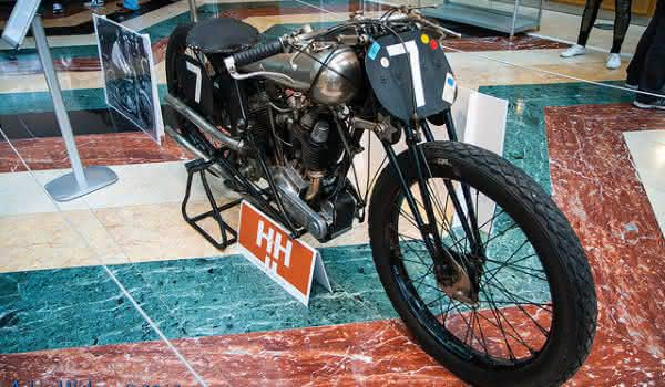 Brough Superior SS-80 Old Bill 1922 entre as motos mais raras do mundo