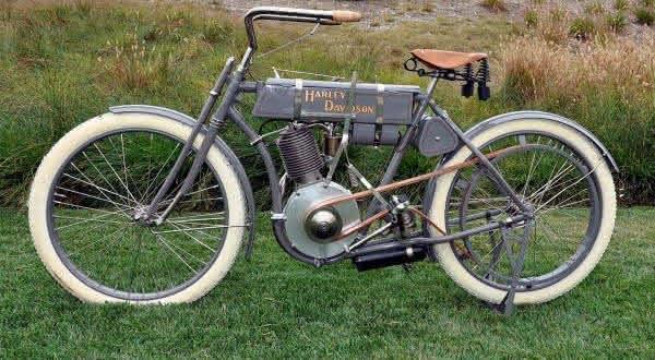 Harley Davidson Strap Tank Single  1907 entre as mais caras ja vendidas