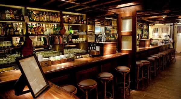 dead rabbit entre os melhores bares do mundo