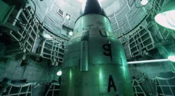 bombas atomicas entre as previsões