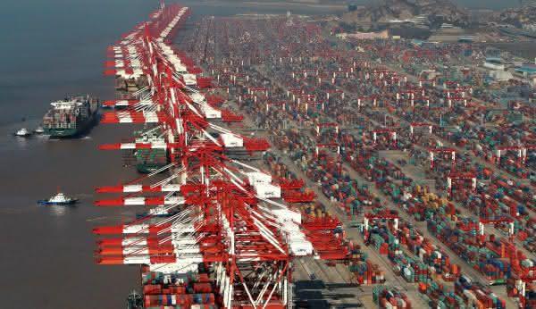 shanghai entre os maiores portos do mundo