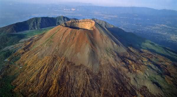 Mount Vesuvius entre os vulcões ativos mais perigosos do mundo