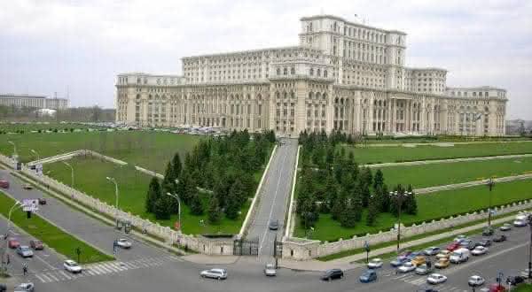 Palace of the Parliament entre os edificios mais caros do mundo