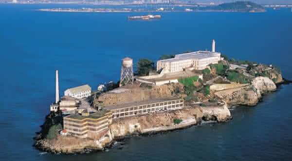 Penitenciaria Federal Alcatraz entre as prisoes de alta seguranca no mundo