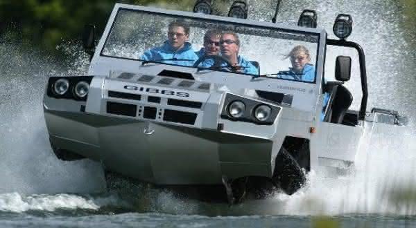 Gibbs Humdinga entre os mais incriveis carros anfibios