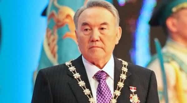 Nursultan Nazarbayev entre os presidentes mais ricos do mundo