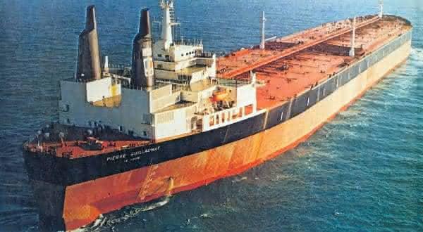 Pierre Guillaumat entre os maiores navios ja construidos