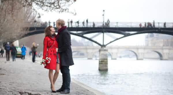 franca entre as nacionalidades mais romanticas do mundo