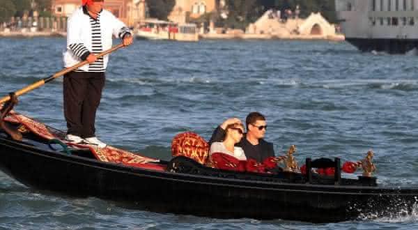 italia entre as nacionalidades mais romanticas do mundo