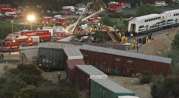 colisao de trem chatsworth entre os acidentes mais caros da historia
