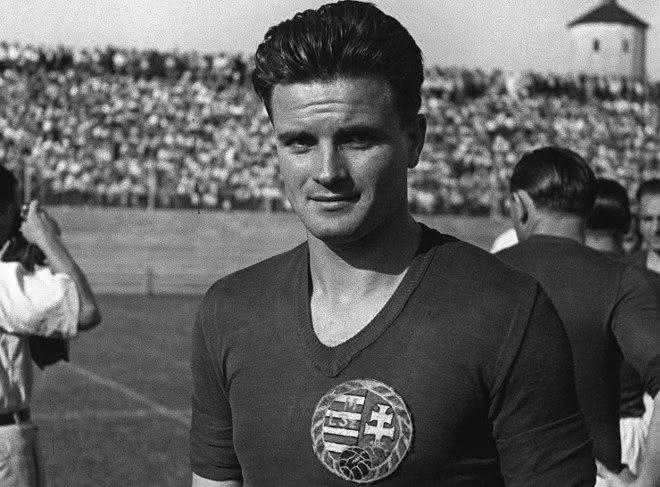Deak Ferenc entre os jogadores com mais gols na historia do mundo