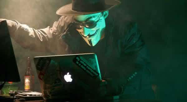 ladroes assaltantes entre as coisas absurdas encontradas na Deep Web