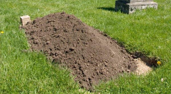 Mina El Houari  entre os casos mais terriveis de pessoas enterradas vivas