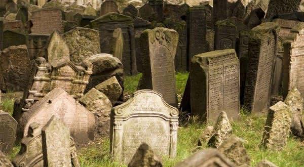 Sra Boger entre os casos mais terriveis de pessoas enterradas vivas