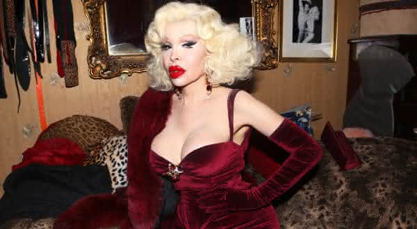 Amanda Lepore entre as transexuais mais ricas do mundo