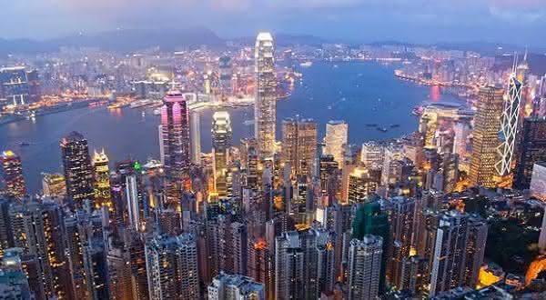 Hong Kong entre os paises com a maior media de moradores ricos
