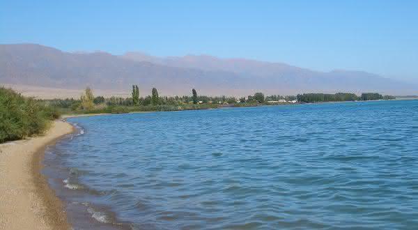 Issyk Kul entre os lagos mais profundos do mundo